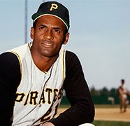 Roberto Clemente Dies in Plane Crash